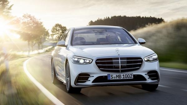 Mercedes-Benz S-Class 2021 chính hãng sẽ có giá 8 tỷ đồng