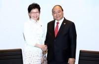 Thủ tướng Nguyễn Xuân Phúc gặp gỡ một số trưởng đoàn dự Hội nghị APEC 2018