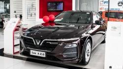 Giá xe VinFast Lux A2.0 mới nhất tháng 11/2020: Hỗ trợ  50% lệ phí trước bạ