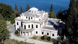 Khám phá căn biệt thự trên đảo Corfu, nơi sinh của Hoàng thân Philip