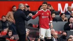 Premier League: HLV Solskjaer nêu lý do để C.Ronaldo ngồi dự bị