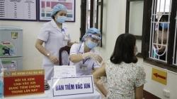 Chuyên gia về truyền nhiễm GS.TS Nguyễn Văn Kính: Không thể trông chờ hoàn toàn vào vaccine Covid-19, tiêm đủ 2 mũi đã an toàn?