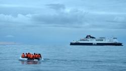 Đại sứ quán Việt Nam tại Bỉ thông tin về việc người Việt được giải cứu trên biển khi vượt biên sang Anh