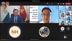 Đại sứ Phạm Sanh Châu chia sẻ 'vai trò nhà ngoại giao trong đại dịch Covid-19' với sinh viên ngoại giao