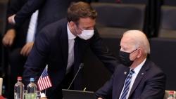 Sau 'rạn nứt' AUKUS, Pháp hòa giải căng thẳng ngoại giao với Mỹ, quan hệ với Anh và Australia vẫn 'nguội lạnh'