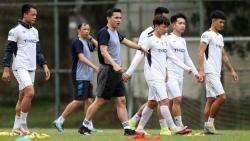 Ra quân V-League 2021 tái ngộ khán giả Việt, HLV Kiatisuk nói gì?