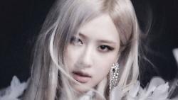 Một 'mẩu' BLACKPINK tung MV solo đầu tiên, fan Việt được dịp 'mát mặt' vì Rosé 'diện' váy Công Trí