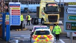 Vấn đề Bắc Ireland: EU 'khai chiến' pháp lý với Anh, Mỹ lập tức lên tiếng