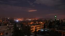 Tấn công dồn dập ở Syria: Tên lửa bắn phá, khủng bố phục kích, hệ thống phòng không được kích hoạt