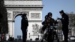 Pháp: 'Nội bất xuất, ngoại bất nhập', đóng cửa hoàn toàn 16 tỉnh bao gồm thủ đô vì Covid-19
