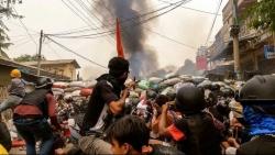 Tình hình Myanmar: Hai công dân Australia được thả, ASEAN sẽ thảo luận ở Indonesia, Hàn Quốc có thể cấm đi lại