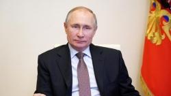 Mở đường tương lai, Tổng thống Nga Putin hành động