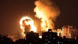 Quân đội Israel tấn công liên hoàn 130 mục tiêu ở Dải Gaza, nã cả tên lửa tới tấp?
