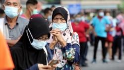 Covid-19: Hệ thống y tế hết công suất, số ca mắc mới tăng mạnh, Malaysia đối mặt nguy cơ đóng cửa toàn diện