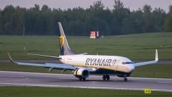 Vụ máy bay Ryanair bị Belarus ép hạ cánh: Thổi bùng khủng hoảng hàng không quốc tế?