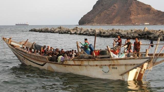 Tai nạn lật tàu thảm khốc ngoài khơi Yemen, 25 người di cư tử vong, hàng trăm người còn lại mất tích