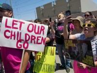 Thẩm phán Mỹ gia hạn thời gian đoàn tụ các gia đình nhập cư trái phép