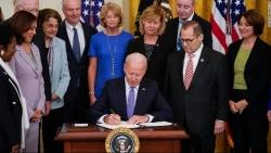 Tổng thống Mỹ ký dự luật tăng nguồn thu cho Quỹ Nạn nhân của tội phạm