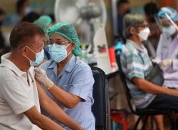 Số ca Covid-19 ở Thái Lan tăng mạnh, vượt mốc 500.000 người bệnh; tỷ lệ tiêm chủng ở Bangkok lên tới 50%