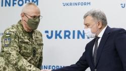 Vì sao Tổng thống Ukraine cách chức người đứng đầu quân đội?