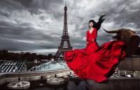 """Jessica Minh Anh - """"biến thế giới thành sàn diễn"""""""