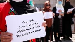 Cộng đồng quốc tế cần giám sát cam kết tôn trọng quyền lợi phụ nữ của Taliban