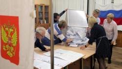 Bầu cử Hạ viện Nga kết thúc: 5.800 trường hợp bất thường, đảng cầm quyền tạm dẫn, Mỹ hứa điều tra