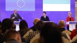 Tổng thống Ukraine biết ơn EU vì làm điều này với Nga, đổ trách nhiệm cho Mocsow về xung đột Donbass