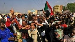 Đảo chính ở Sudan: Mỹ quan ngại sâu sắc, liên tục phát thông báo khẩn; liên minh đối lập kêu gọi phản kháng