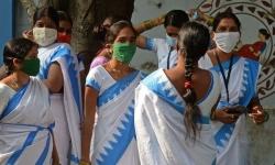 Covid-19: Ấn Độ mở rộng tiêm chủng miễn phí vaccine Covid-19; Nhật Bản ban bố tình trạng khẩn cấp?