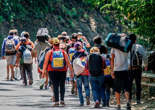 Cử chỉ mang tính 'lịch sử' của Tổng thống Colombia dành cho người di cư Venezuela