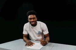 Alphonso Davies - Cầu thủ bóng đá đầu tiên trở thành Đại sứ thiện chí UNHCR
