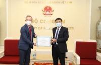 Bộ Công an lan tỏa tinh thần tương thân tương ái với các nước trong ngăn chặn dịch Covid-19