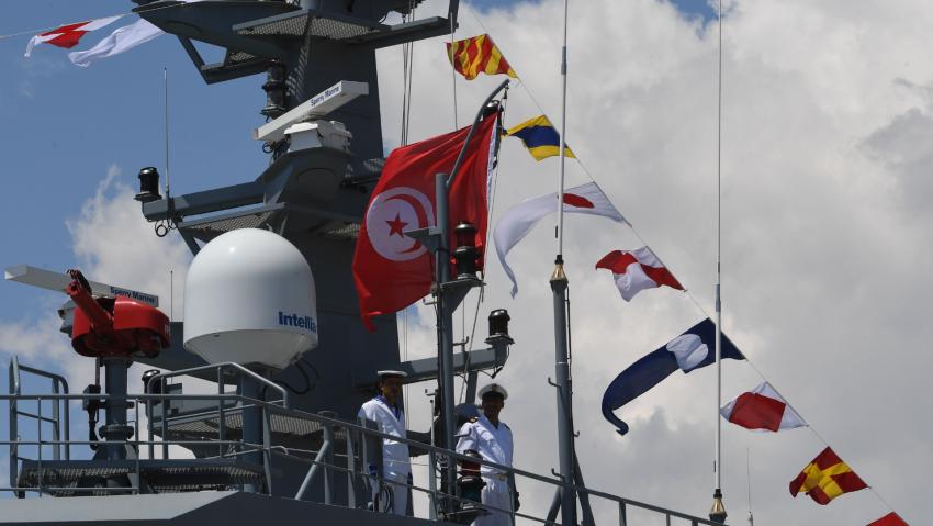 Chìm trong khủng hoảng di cư, Tunisia tập trận hải quân với Hy Lạp