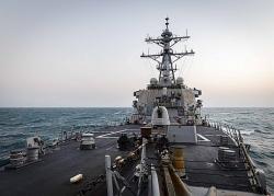 Lại 'quá cảnh' ở Eo biển Đài Loan, tàu chiến Mỹ 'bắn tin' đến Trung Quốc?
