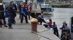 Pháp giải cứu hơn 80 người di cư vượt biển trái phép