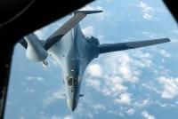 Hai máy bay ném bom B-1B Lancer của Mỹ hoạt động tại Biển Đông