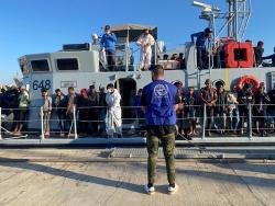 Phát hiện hàng trăm người di cư vượt Địa Trung Hải; Mỹ tăng tốc 'ngoại giao di cư'