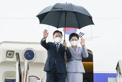 Chật vật ngoại giao thể thao, Tổng thống Hàn Quốc Moon Jae-in 'tìm lời giải' cho quan hệ với Nhật Bản, Trung Quốc