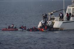 Hơn 200 người di cư từ Afghanistan bị bắt giữ tại Thổ Nhĩ Kỳ