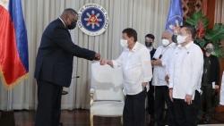 Bộ trưởng Quốc phòng Mỹ thăm Philippines: Phía sau một thỏa thuận là....