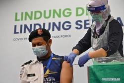 Malaysia: Số ca mắc mới tăng kỷ lục, Covid-19 lan đến quốc hội, vaccine Trung Quốc 'chiếm sóng'