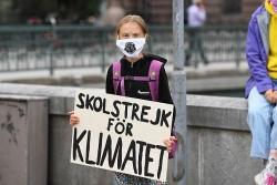'Nữ chiến binh' chống biến đổi khí hậu Greta Thunberg - Một góc nhìn khác