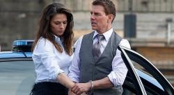 Tom Cruise - Hayley Atwell: Phim hết, tình tan