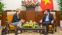 Phó Thủ tướng Phạm Bình Minh tiếp Đại sứ New Zealand chào từ biệt