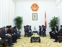 Thủ tướng tiếp Đại sứ Campuchia, Đại sứ Singapore