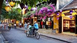 Xem xét thí điểm đón khách du lịch quốc tế tại Quảng Nam