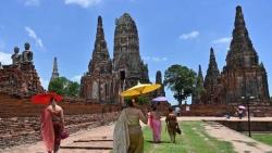 Thái Lan: Vừa mở cửa du lịch, vừa cấp tập chống 'bão' Covid-19