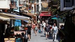Tây Ban Nha trao thưởng cho người 'hoãn' nghỉ hưu