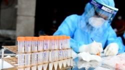 Covid-19 ở Hà Nội tối 27/9: 3 ca mắc mới, có 2 người chăm con tại Bệnh viện Đa khoa Đức Giang